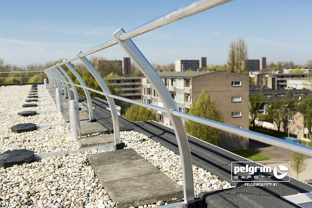 Pelgrim Safety - referentie Stellingwerfstraat - Safe Railing hekwerken